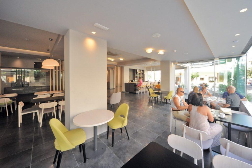 Lobby – Reception – Dining